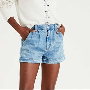 American Eagle Denim Mom Shorts Size 10